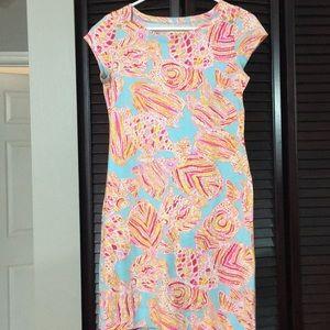 a56c8ec0023014 Lilly Pulitzer Dresses - Lilly Pulitzer Loren Short Sleeve Boatneck Dress